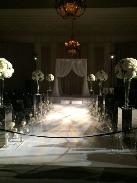 day-of coordination of a beautiful Lovebird Events wedding at the W City Center
